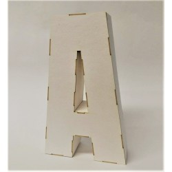 Litera 3D z tektury