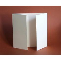 Kartka kwadrat 14,5x14,5 składana do środka