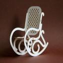 Fotel bujany 3D z tektury